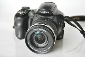 Fuji Finepix S6500fd DSLR style Camera