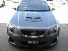 HOLDEN VE INTERCEPTOR SCOOP TWIN VENT-UNIVERSAL