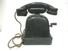 Ancien Téléphone à manivelle en bakélite et métal noir