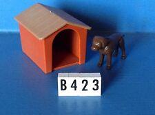 (B423) playmobil niche avec chien marron