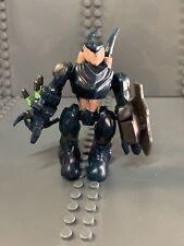 Halo Mega Bloks Set #96937 Blue Covenant Hunter Figure