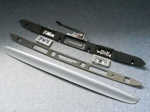 BMW E46 Griffleiste Coupe -NEU- Heckklappe Mikroschalter grundiert, bis BJ. 2003