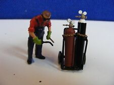 Standing Welder with Trolley and Gas Bottles  - 1:43  White Metal Model