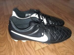 Nike Men's Tiempo Soccer/Football shoes/Sneakers  631287-010 Size 13