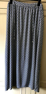 """Gorgeous maxi skirt 39"""" long from Marks & Spencer, size 22-24"""