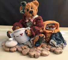 Figurine Boyds Bears & Friends Velma Q Berriweather Cookie Queen Paw in Jar