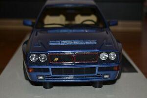 Lancia Delta Blue lagos LS Collectibles 1/18