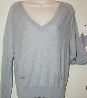 LIZ CLAIBORNE Women's Knit Long Sleeve Grey V-Neck Sweater Size L New With Tags