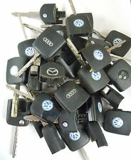 LOCKSMITH LOT 30 USED TRANSPONDER IGNITION CHIP VOLKSWAGEN MAZDA AUDI CHIPS SB