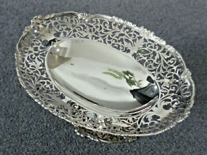 Beautifully pierced vintage hallmarked silver oval tray, dish, tazza