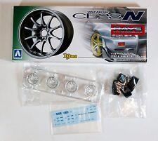 "Aoshima 1/24 Volk Racing CE28N 19"" Wheel & Tire Set Plastic Model 1002 (129)"