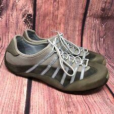 Tsubo Women's Gray Beige Lace Up Sneaker Shoe Size 11