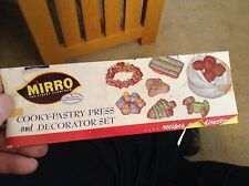 Vintage Mirro Cooky and Cake Decorating Kit