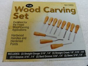 11 PIECE WOOD CARVING SET in BOX