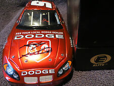 Kasey Kahne 9 2004 Cup Rookie of the Year/ Autographed 1/24 Dodge Intrepid Elite