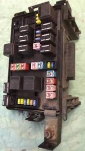 2005 Chrysler 300 fuse junction box P05087166AG