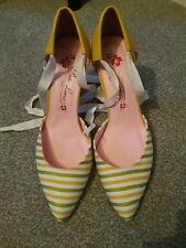 BNWOT Fab *Poetic License, Irregular Choice* stripe ankle tie shoes *39 - UK 6*