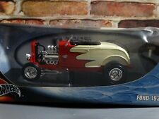 Hot Wheels 1932 Ford Deuce Coupe Hot Rod 1:18 Scale Diecast Model Car