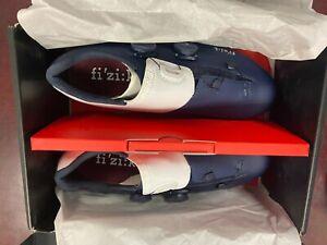 Fizik Men's Aria R3 Road Cycling Shoes, Navy / White 42.5 US