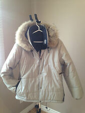 womans kanuk jacket size large
