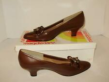 Magdesians Womens Heels Size 8 S Leather Closed Toe Bow Brown A31