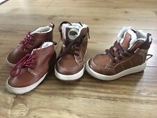 BABY BOYS WINTER SHOES BOOTS GAP 6-12 MONTHS IMMACULATE