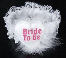 Jarretière fantaisie blanche pour la mariée coeur Bride to be - coeur plumes