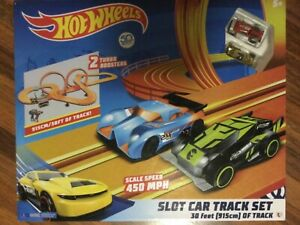 Hot Wheels Slot Car Track Set 30ft / 915 cm