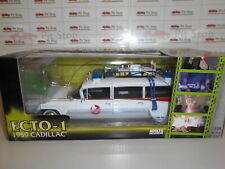 AWWAWSS118 by AUTOWORLD CADILLAC ECTO 1  1959 GHOSTBUSTERS 1:18