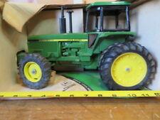 1/16 John Deere 584 MFWD Farm Toy Tractor Ertl Diecast Vehicle NIB!