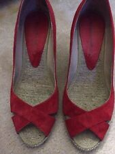ANDRE ASSOUS RED SUEDE WEDGE SANDALS