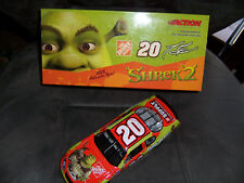 Tony Stewart #20 Home Depot / Shrek 2 04 Monte Carlo  1:24 Platinum Series Bank