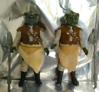 2 x Vintage 1983 Kenner Star Wars Klaatu Complete -Thick & Thin Skirts + Weapons