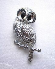 Lovely Silver Plated Owl Brooch With Sparkling Rhinestones