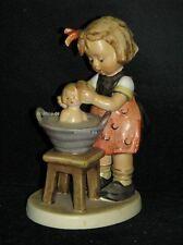 """Goebel Hummel 319 """"Puppenbad"""", doll bath, Mädchen wäscht Puppe"""