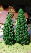 6 dunkelgrüne Tannen, Nadelbäume, je 3 Stück 130 mm und 150 mm hoch
