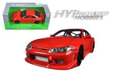 WELLY 1:24 NISSAN S-15 DIE-CAST RED 22485