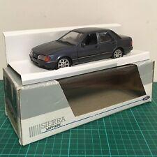 Schabak die cast 1:24 Ford Sierra Sapphire 2.0 ghia 1511 Dealer Issue Blue model