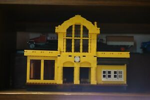 Lego Bahnhof nachgebaut aus SET aus neuen Steinen wie abgebildet gebraucht