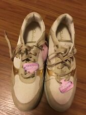 NEW Skechers Wedge Fit Vita Gold Leather Textile Women's Fashion Sneaker Sz 8