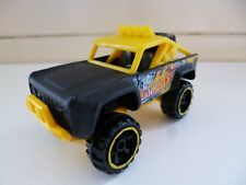 Race Car Custom Ford Bronco - # L9936 - Hot Wheels - Black Yellow - Thailand