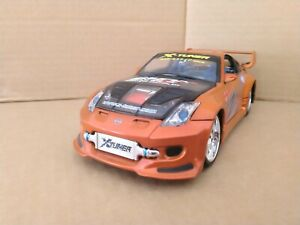 Kentoys 2004 Nissan 350Z with Lights. 1/24 Scale. VGC.