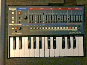 Roland Boutique JU-06A Sound Module Electronic Synthesizer & K-25M Keyboard
