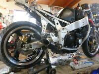 1989-90 Yamaha FZR400 Parts Bikes Fox Shock Slip-On Silencer RACETECH Deltabox