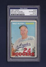Walt Alston signed Dodgers 1967 Topps baseball card Psa/Dna slabbed
