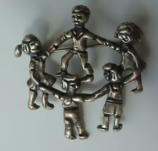 Vtg 925 Sterling Silver Pin Children Holding Hands Dancing Circle of Friends