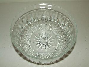 Vintage Elegant Heavy Cut Glass Crystal Fruit Bowl Serving Bowl - Arcoroc France