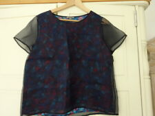 New No Tags, Beautiful 100% Silk Top by Jigsaw in Size Medium...