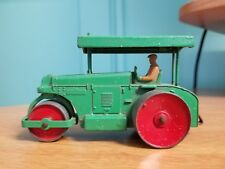 DINKY TOYS Meccano England original covered TRACTOR green with red wheels
