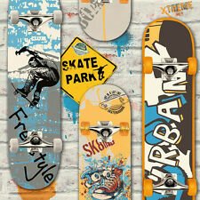 Skateboard Carta da parati in blu e giallo su Graffiti Painted White Brick L29505